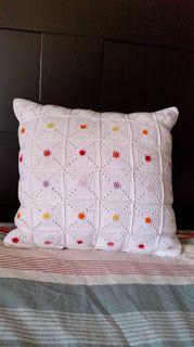 Phatufa: Almofada Granny - Hot spot pillow