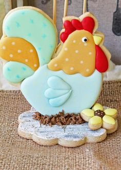 roosters&hens.quenalbertini2: Decorated Cookie