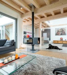 Contemporary Timber House by Stommel Haus UK Cool Ideas, Stommel Haus, Flat Pack Homes, Timber House, Big Houses, Traditional House, Decoration, Ideal Home, Luxury Homes