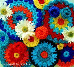 colorful crochet - Lidia Luz