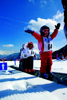Skikindergarten - auch die großen Kleinen kommen im Winter nicht zu kurz. Sie werden rund um die Uhr betreut und lernen das Skifahren spielend.
