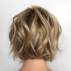 Short wavy bob – - Hairstyles For All Wavy Bob Haircuts, Bob Hairstyles, Wedding Hairstyles, Redken Shades Eq, Short Wavy Bob, Short Hair Cuts, Wavy Bobs, Great Hair, Hair Highlights