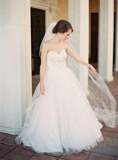 Tendance Robe De Mariée 2017/ 2018 : Beautiful tulle dress: www.stylemepretty | Photography: Kayla Barker  www.ka