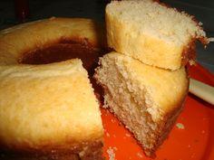 Os 10 Bolos Fáceis Para o Lanche são todos práticos, econômicos, fofinhos e deliciosos. Tem bolos mais simples, como o Bolo de Trigo Fofinho, o Bolo Simple