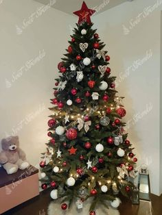 Christen, Christmas Tree, Christmas Ideas, Trendy, Holiday Decor, Home Decor, Decoration, Dance Videos, Teal Christmas Tree