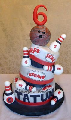 Cake Decorating Ideas | Project on Craftsy: I Learned - Bowling Cake  Too cute!