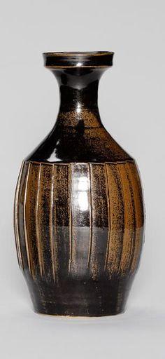 David Leach. Fluted vase, tenmoku, incised line pattern
