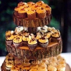 fall wedding cupcakes | Uploaded to Pinterest