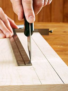 Razor-fine layout lines #woodworking #tips