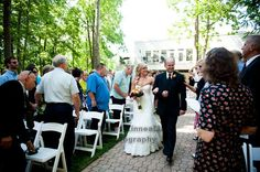 An Orange & Purple Wedding: The Bride & her Father walk down the aisle. http://linnealizphotography.com