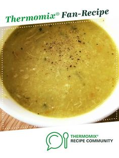 Recipe Nourishing Chicken and Cauliflower Soup by _starting_from_scratch_, learn to make this recipe easily in your kitchen machine and discover other Thermomix recipes in Soups. Paleo Recipes, Soup Recipes, Cooking Recipes, Recipies, Paleo Meals, Winter Soups, Winter Food, Lchf, Banting