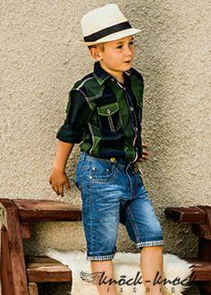 Taliowana koszula w kratę zielono granatową. Do kupienia na: mail: knocknock.fashion@gmail.com fb: https://www.facebook.com/pages/knock-knock-fashion/230430617163127?ref=hl instagram: http://instagram.com/knock_knockfashion#  #kidsfashion #modadladzieci #fashionkids #modnedziecko #kids fashion #fashion kids