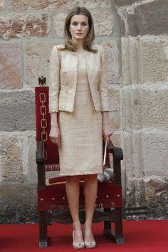 Vestido y abrigo chanel