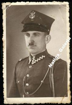 Żandarm rogatywka orzeł -- Toruń II RP