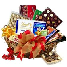 Signature Chocolate Basket Hamper to Bangalore. Rs. 2789 / USD 46.48