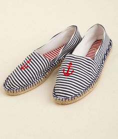 Embroidered espadrilles from vineyard vines -- adorable! Nautical Shoes, Nautical Fashion, Nautical Clothing, Nautical Stripes, Nautical Style, Nautical Theme, Anchor Shoes, Striped Espadrilles, Espadrilles