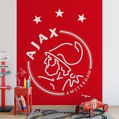Fotobehang Ajax embleem II | Maak het jezelf eenvoudig en bestel fotobehang voorzien van een lijmlaag bij YouPri om zo gemakkelijk jouw woonruimte een nieuwe stijl te geven. Voor het behangen heb je alleen water nodig!   #behang #fotobehang #print #opdruk #afbeelding #diy #behangen #ajax #embleem #logo #rood #voetbal #sport #voetballen #club #amsterdam