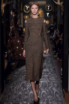 http://www.valentino.com/en/collections/haute-couture/lines/fall-winter-2013_14