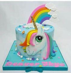 30 Sweet Ideas for a Party Unicorn Pretty Cakes, Cute Cakes, Beautiful Cakes, Amazing Cakes, Birthday Cake Girls, Unicorn Birthday Parties, Bolo My Little Pony, Fondant Cakes, Cupcake Cakes