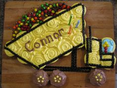 The Canadian Living Crazy Cakes Contest | Dump Truck Cupcake Cake