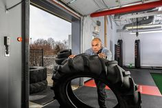 """Brave Heart Louie King Jr., 34, an Omaha, Neb.–based NASM-CPT and gym owner, was born with a host of near fatal heart problems he is still managing today with courage, strength, and a keen sense of service. """"The clients who seek me out usually aren't athletes. They're people with problems—people with health challenges like diabetes or obesity, and they're trying to break bad habits and get into the routine of exercising. They're people I understand and whom I can inspire—and who inspire…"""