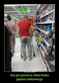 The 20 Most Ridiculous People of Walmart Photos - DrollFeed Walmart Meme, Funny Walmart Pictures, Walmart Shoppers, Funny People Pictures, Walmart Photos, Funny Images, Funny Photos, Fail Pictures, Weird People At Walmart