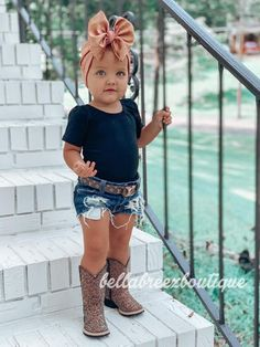 Western Baby Girls, Western Baby Clothes, Baby Kids Clothes, Country Baby Boys, Country Baby Clothes, Cute Little Girls Outfits, Cute Little Baby, Boy Outfits, Cute Babies
