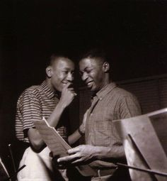 Lee Morgan and Curtis Fuller sharing a moment during Morgan's City Lights session, Hackensack NJ, August 25 1957 (photo by Francis Wolff) Jazz Artists, Jazz Musicians, Music Artists, Jazz Blues, Blues Music, Big Band Leaders, Lee Morgan, Francis Wolff, Classic Jazz