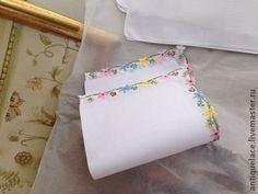 2 ВИНТАЖНЫХ НОСОВЫХ ПЛАТКА. - белый,носовой платочек,носовой платок,платок батик