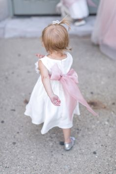 Flower Girls in Pink | photography by http://heathercookelliott.com/blog/
