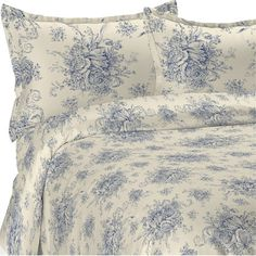 Complement country-chic decor in the master suite or guest room with this cotton duvet cover set, showcasing a classic toile print.