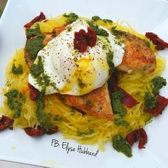 I LOVE ❤️ yolkie eggs on everything✨Who else?  ❤️ Spaghetti squash with chicken breast, sundried tomatoes, vegan pesto, and a yolkie poached egg haha  #Foodie https://www.facebook.com/TeamJERF