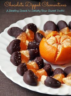 These chocolate dipped clementines are the perfect balance between sweet and healthy!