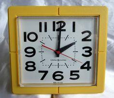 Vintage Ceramic Mastercraft Bluebird Kitchen Wall Clock