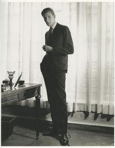 Scala Regia Inspirational Archives: Yves Saint Laurent at Dior. Christian Dior, Yves Saint Laurent, Palm Beach, Horst P Horst, Environmental Portraits, Royal Look, Florida, French Fashion Designers, Famous Photographers
