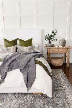 Cozy Bedroom, Dream Bedroom, Home Decor Bedroom, Master Bedroom, Bedroom Ideas, Bedroom Styles, My New Room, Apartment Living, Room Inspiration