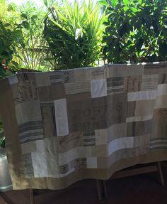 Plaid, jetée de canapé, tapis en tissus anciens. : Textiles et tapis par realisa Valance Curtains, Textiles, Plaid, Etsy, Vintage, Home Decor, Handmade Gifts, Carpet, Gingham