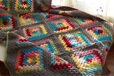 GrayArea - Log Cabin Blanket by Sue Rivers - with links to her log cabin granny square pattern and join as you go tutorials.