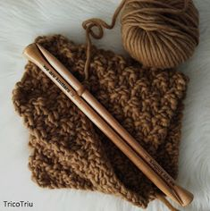 9 Tips for knitting – By Zazok Yarn Tail, Baby Shampoo, Circular Knitting Needles, Knitting Videos, Stitch Markers, Sticky Notes, Easy Projects, Hair Ties, Bag Making