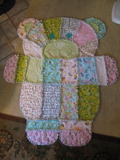 Quilting: Teddy Bear Baby Quilt...maybe with less patterns, more solid fabrics...think of all the different animals you could make, monkey, elephant, owl....