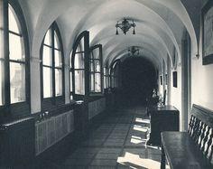 Interior del hostal de la Gavina. S'Agaró (Girona) | por Biblioteca Facultad de Empresa y Gestión Pública