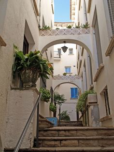 Roc de Sant Caeita, Roda de Barà, Tarragona Catalonia