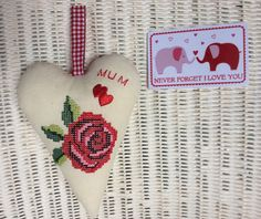 Mothers Day Heart Gift & Card Padded Hanging Heart Embroidered Red Rose Mum