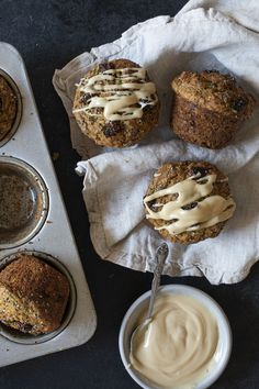 Muffins aux zucchinis et au beurre d'érable - K pour Katrine Breakfast Recipes, Dessert Recipes, Lactose Free, Gluten Free, Sweet Bread, Vegetable Recipes, Baked Goods, Keto Recipes, Healthy Snacks