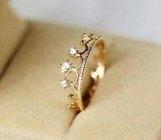 I want my future engagement ring to look like this.