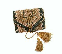 New-England-Flame-stitch-Sewing-Case-18th-Century