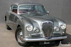 1954 Lancia Aurelia GT B20 S IV.  Forget the limo I want to rent a vintage car #thefleamarket.eu