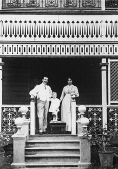 Forrest family home in Maryborough, undated / John Oxley Library, State Library of Queensland, Neg: 59811 http://hdl.handle.net/10462/deriv/229564   thefashionarchives.org