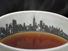 The Skyline Cup lets you wake up and have your coffee with the city that never sleeps.