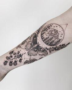 Mountain, atlas moth, blackberries, thyme, and rosemary! Thanks Jessica! Tattoos Skull, Henna Tattoos, Nature Tattoos, Rose Tattoos, Leg Tattoos, Body Art Tattoos, Small Tattoos, Flower Tattoos, Tattoo Fairy